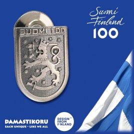 Damastikoru Suomi100 Leijona Pinssi