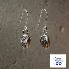Namu Jewellery Karu Savukvartsi korvakorut (tumma) Suomi100