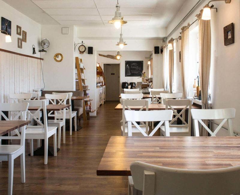 Kylmäpihlajan majakkahotellin ravintola