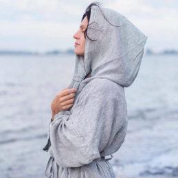 Lapuan Kankurit Kaste Kylpytakki hupulla meren rannalla