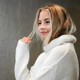 Aurora Sofia Utu jättivillapaita valkoinen