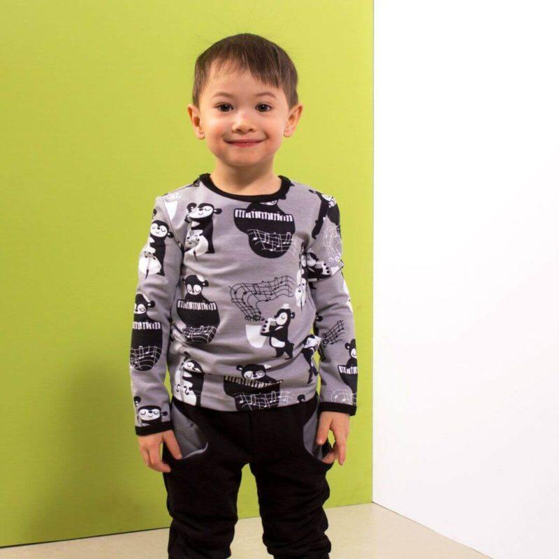 PaaPii Design Uljas lasten paita Rytmi harmaa pojalla