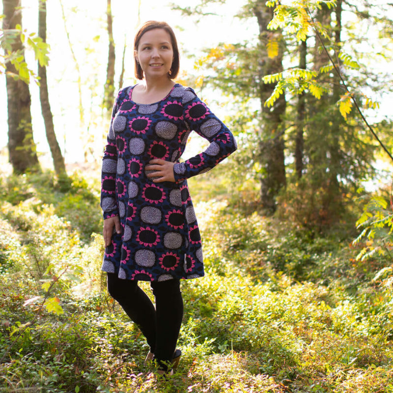 PaaPii Design Sumu tunika Auringonkukka mustikka-pinkki metsä