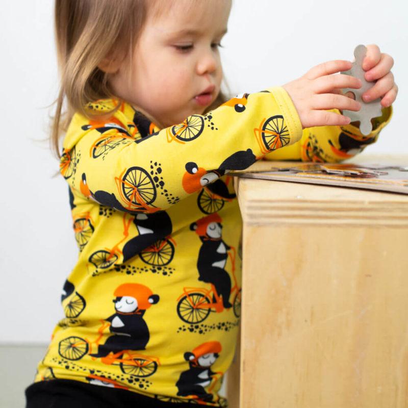 PaaPii Design Uljas paita Into pyöräilee keltainen-oranssi palapelihommissa