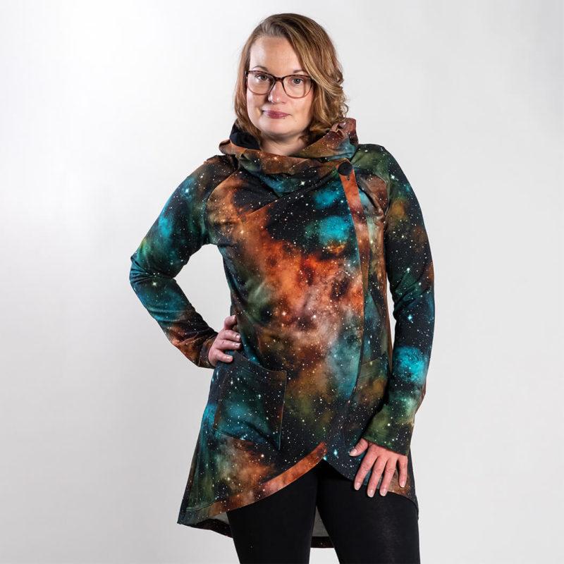 Ehta Leya joustocollegetakki Universum nebula 2