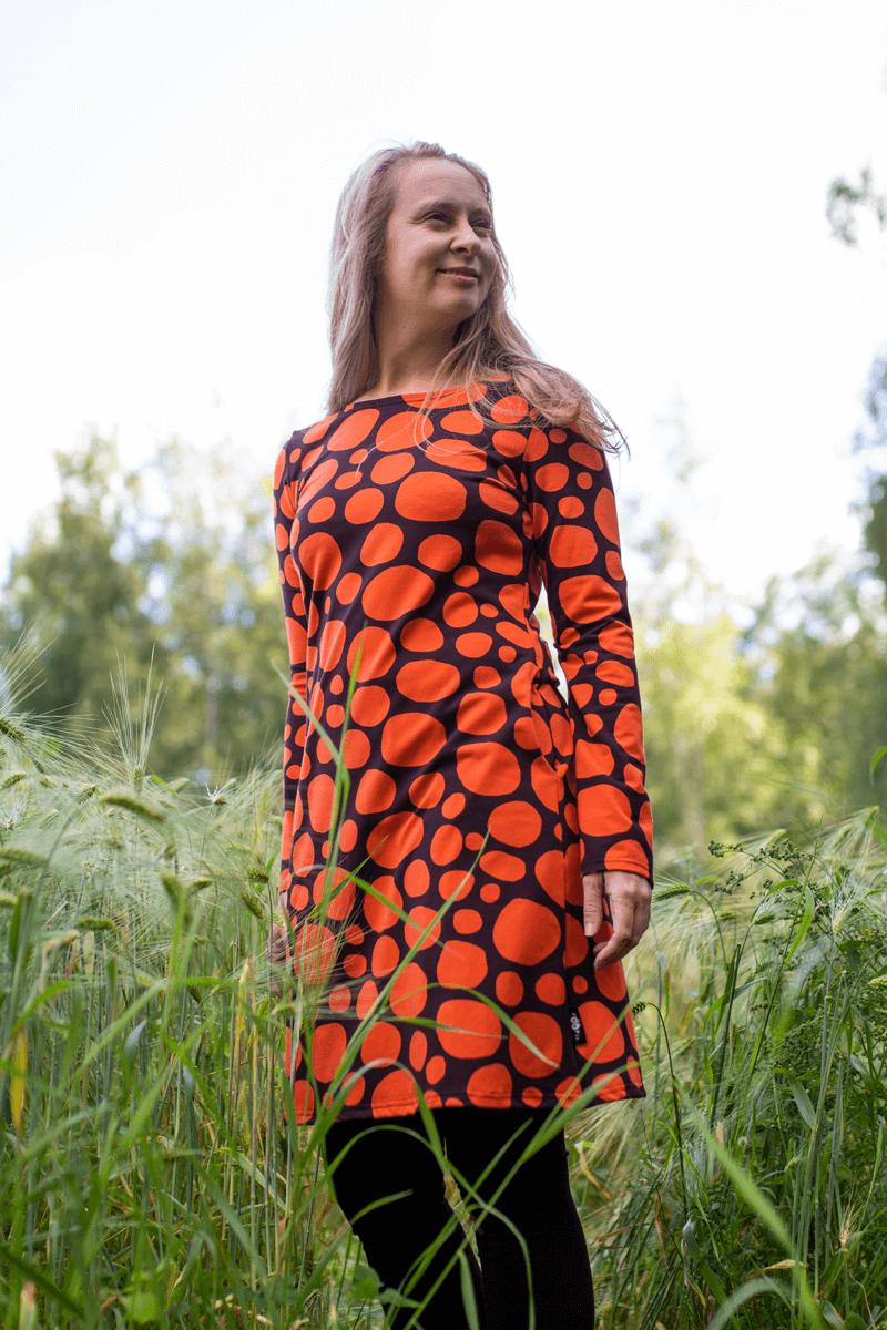 PaaPii Design Sini mekko Louhikko ruoste pellossa 5