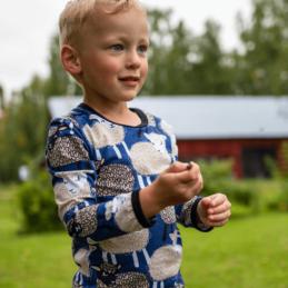 PaaPii Design Uljas paita Bää mustikka-latte 2