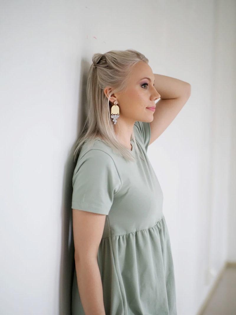 Kanto Design Lilja mekko oliivi olka