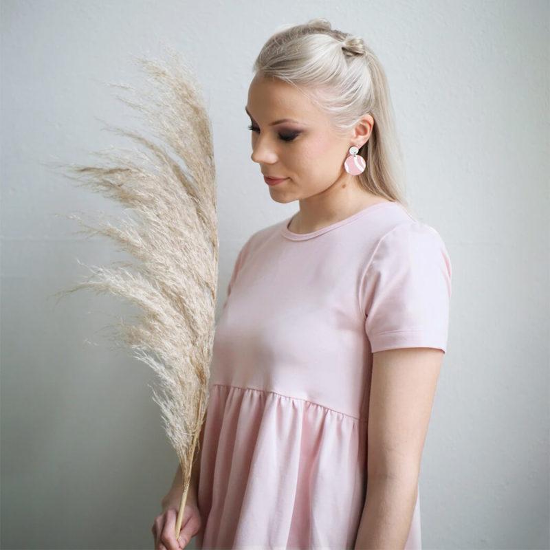 Kanto Design Lilja mekko roosa lähi