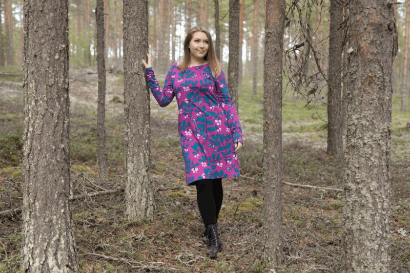 PaaPii Design Sini mekko Puolukkapuu violetti-petrooli 4